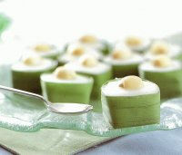 Thai Pudding with Coconut topping