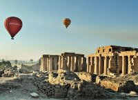 Balloon ride over Ramesseum
