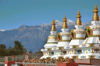 Stupa 's in the Himalayan Mountains