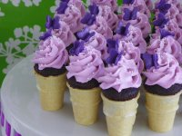 Cupcake Cones with Little Purple Buttterflys
