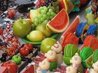 Fruits and Mexican hand craft