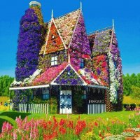 Amazing Flowery House in Miracle Garden-Dubai