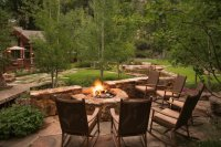 Comfy Garden Retreat with Firepit