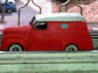 אוטו דואר אדום